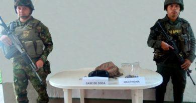 Policía del Meta y Ejército incautaron maleta con estupefacientes que se dirigía hacía Granada.