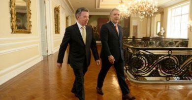 Equipo de Santos culpa a Duque por déficit fiscal de la nación.