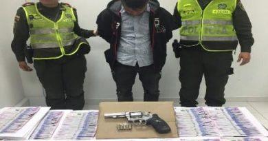 La Policía de Villavicencio frustró uh millonario robo a mano armada.