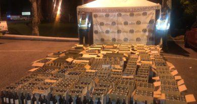 Más de 1.000 botellas de vino fueron incautadas por el Departamento de Policía del Meta.