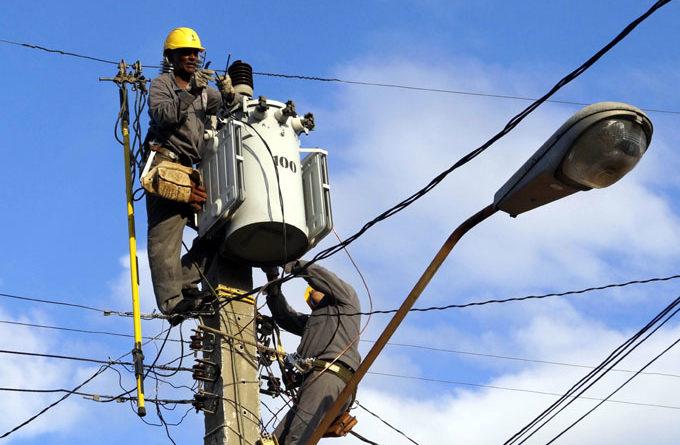 El OCAD Paz aprobó $42 mil millones para infraestructura vial y electrificación en subregión Macarena-Guaviare de los PDET.