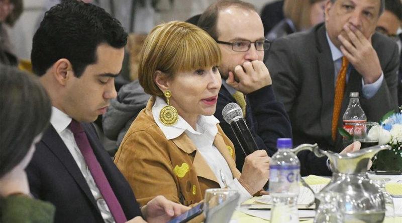 Gobierno firmó Decreto que permite la contratación directa de las organizaciones indígenas con entidades del Estado.
