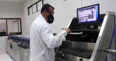 Cerca de dos mil medidores pasan a revisión cada año por el laboratorio de la empresa de acueducto