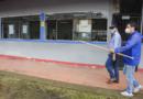 Alcalde Felipe Harman inspeccionó colegio donde se instalará primer puesto de vacunación masivo